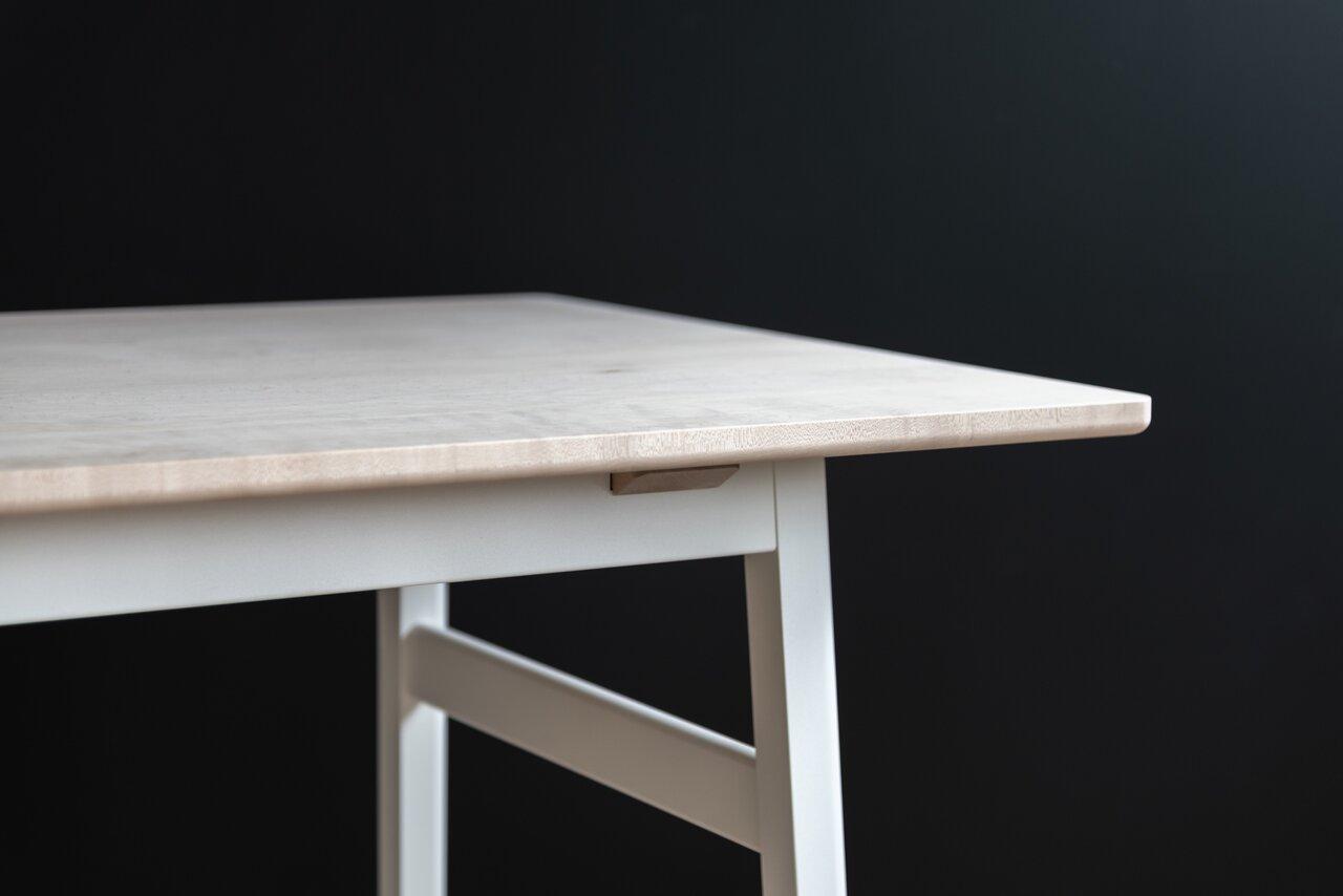 LIM Dining Table (MA・ホワイト)