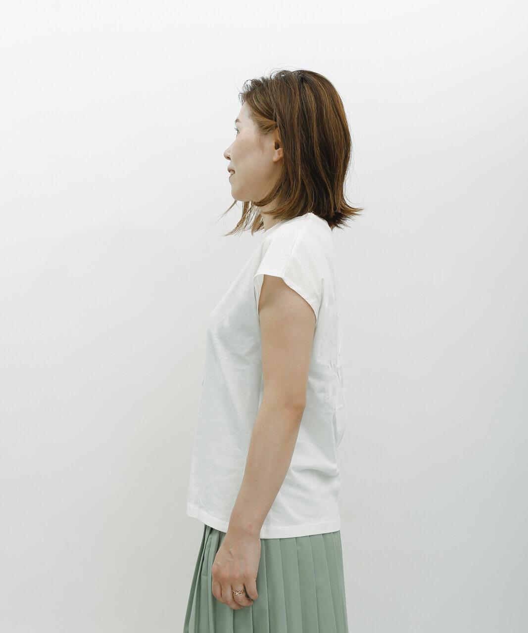フレンチスリーブパックTシャツ ¥1650(税込)