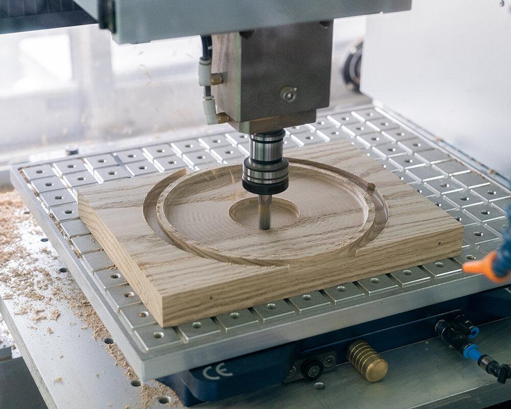 日本の木材を使った純国産テーブルウェア・雑貨製品の開発プロジェクト