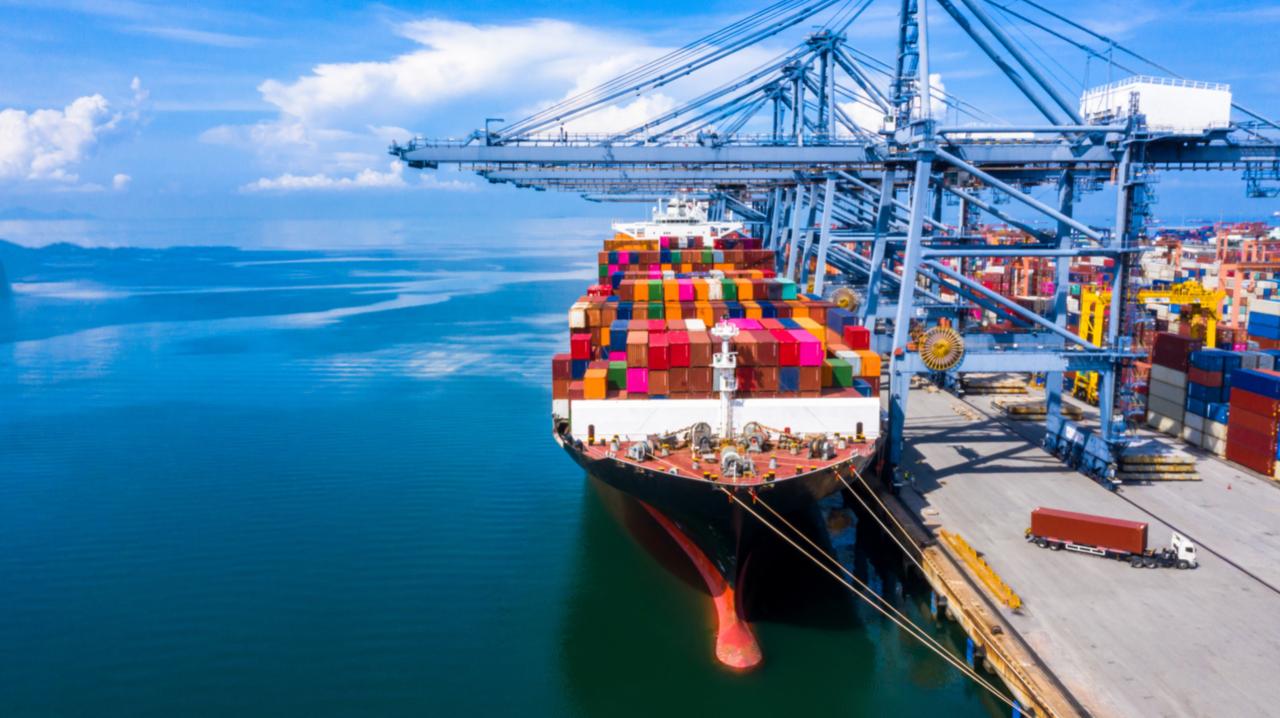 船舶・海運業界