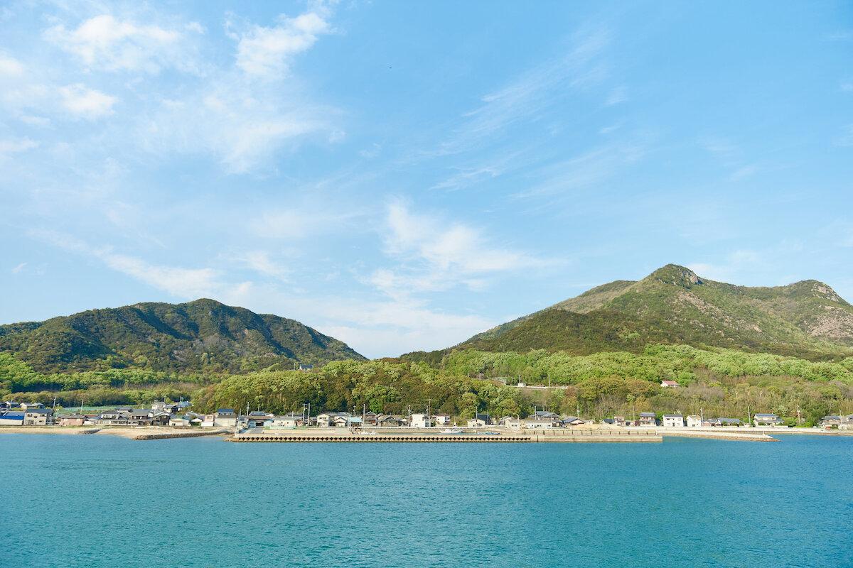 海から見た小豆島