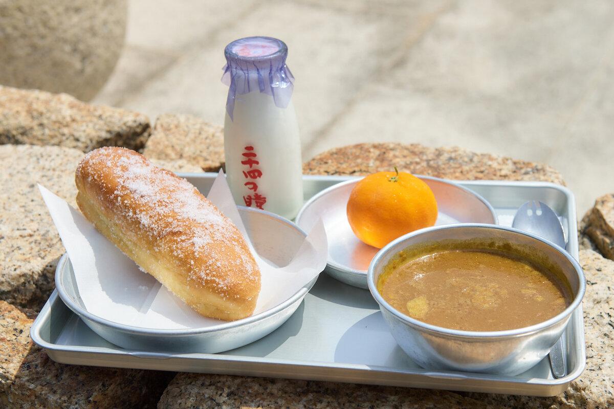 Caféシネマ倶楽部の給食セット