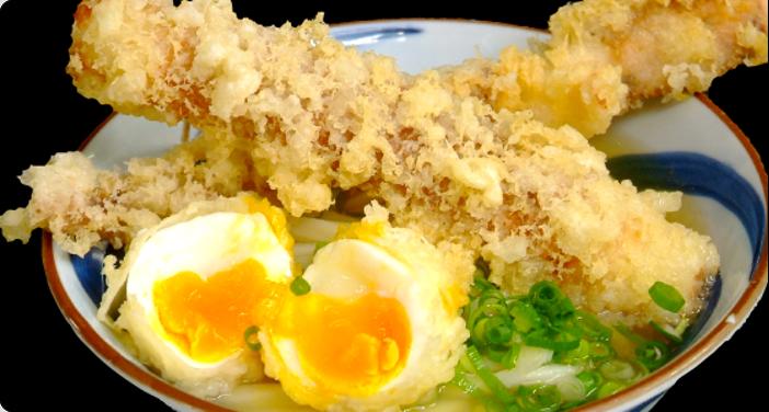 老舗店の半熟卵天ぷら入りうどんは絶品「竹清(ちくせい)」