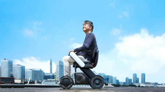 車椅子が「かっこいい乗り物」へと変わる理由 ~ 「企業と生活者が共に紡ぐ物語」の脚本づくり~