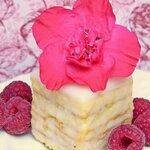 コージーコーナーのプチケーキが人気!気になる値段やカロリーは?