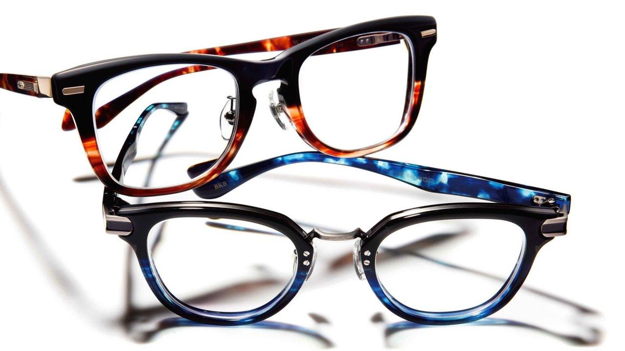 メガネも二刀流の時代が到来⁉︎  オン・オフ別使いのすすめ