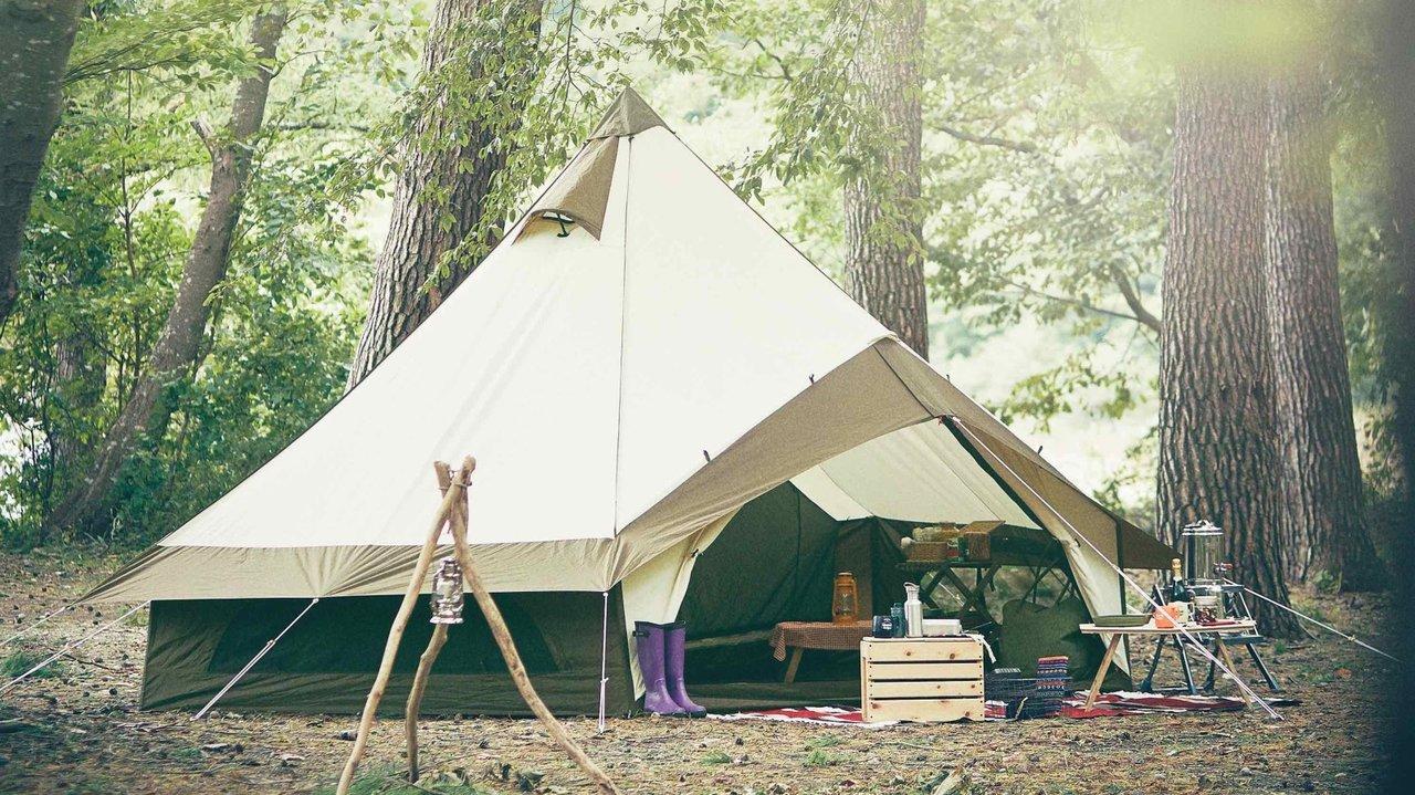 眺めてよし、過ごしてよしのベル型テントで、夏キャンプを制す!