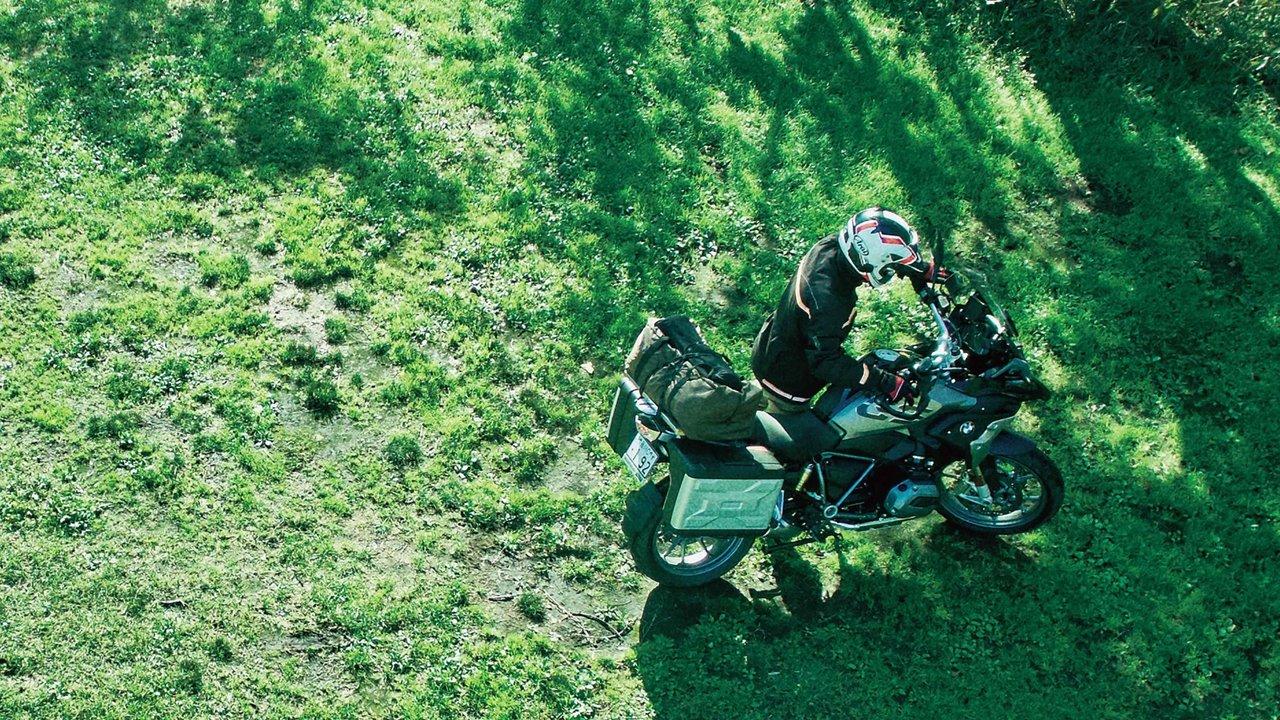 【バイク】たまには、パパひとりでバイクにまたがってキャンプを満喫しては?