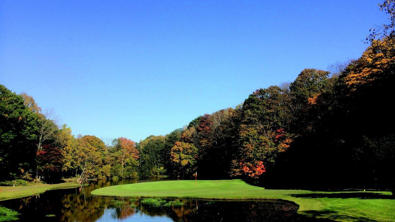 [ゴルフ]紅葉を先取りできる 札幌北広島ゴルフ倶楽部