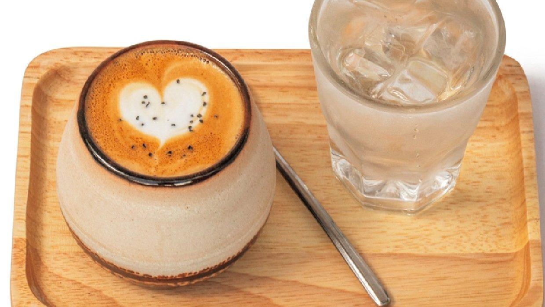 [レストラン]ハワイの新店 バリスタの煎れるコーヒーに早朝から集うロコの憩いの場所