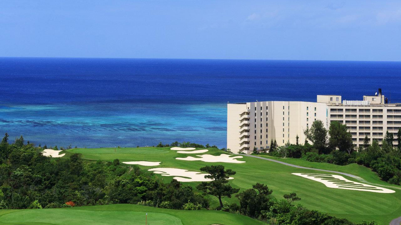 [ゴルフ]冬の寒いときは、沖縄恩納村で暖かゴルフはいかがですか?