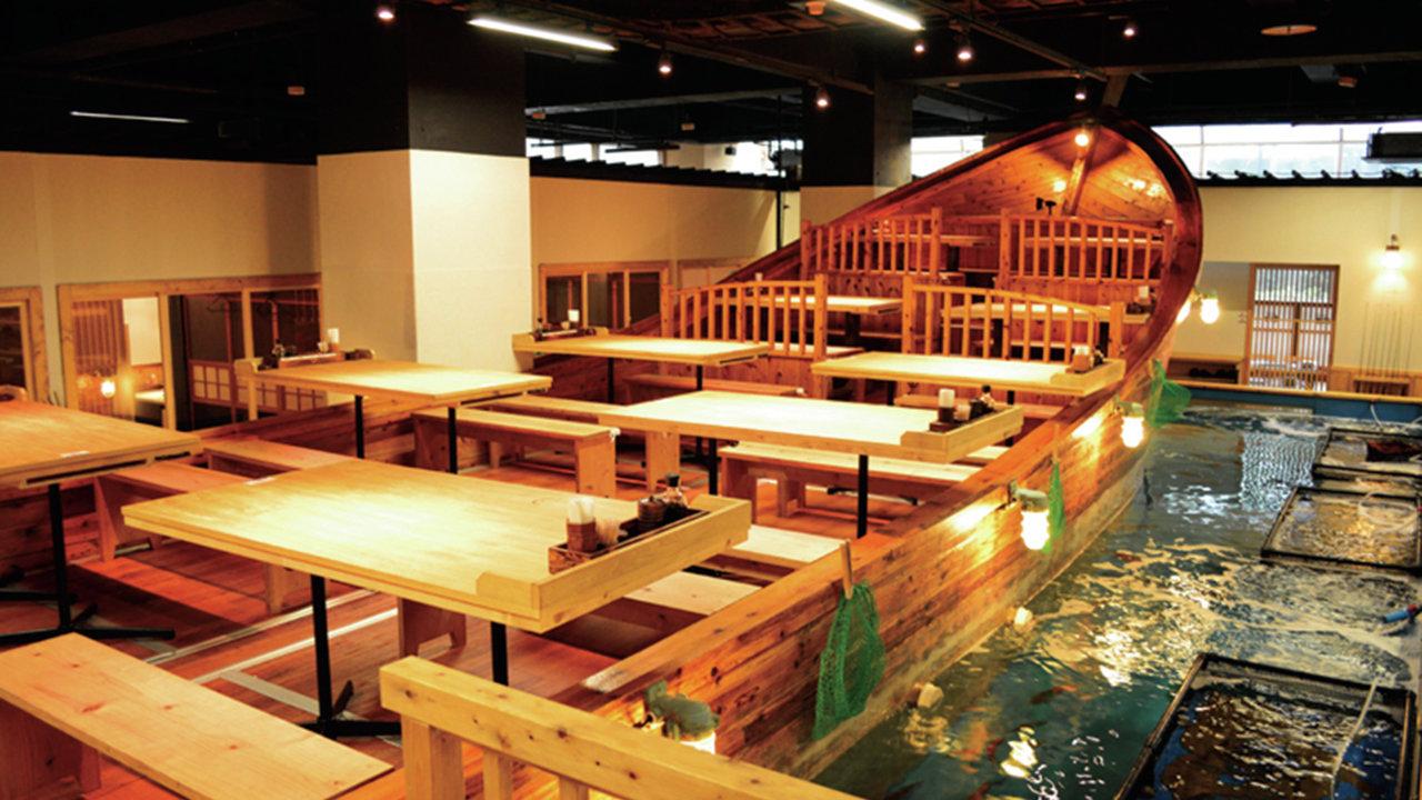 [レストラン]店内に大好きな釣堀が!! 釣ってそのままいただきます!