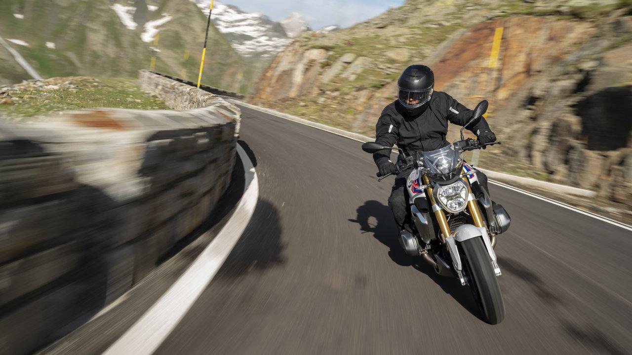 [バイク]水冷ボクサーエンジンのトップグレードを搭載したネイキッドのR1250 R