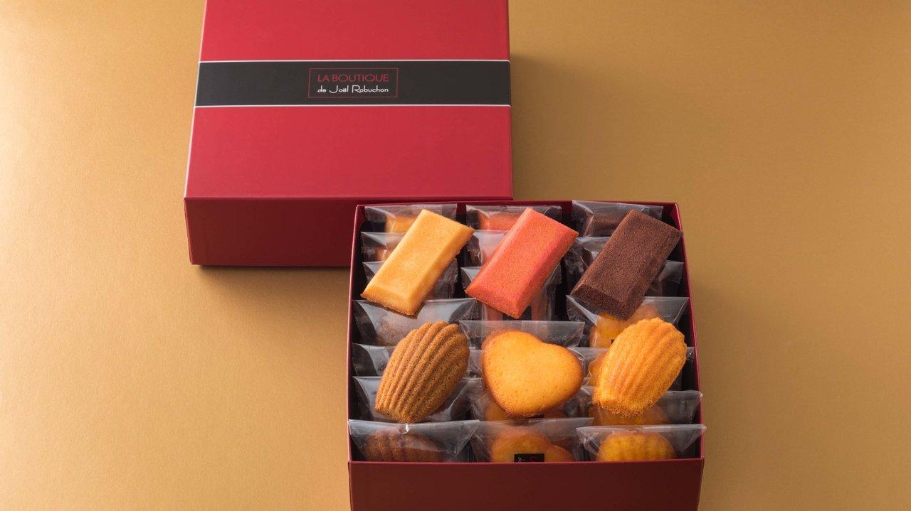 [GOURMET]お取り寄せ美味カタログ「ラ ブティック ドゥ ジョエル・ロブションの焼き菓子」
