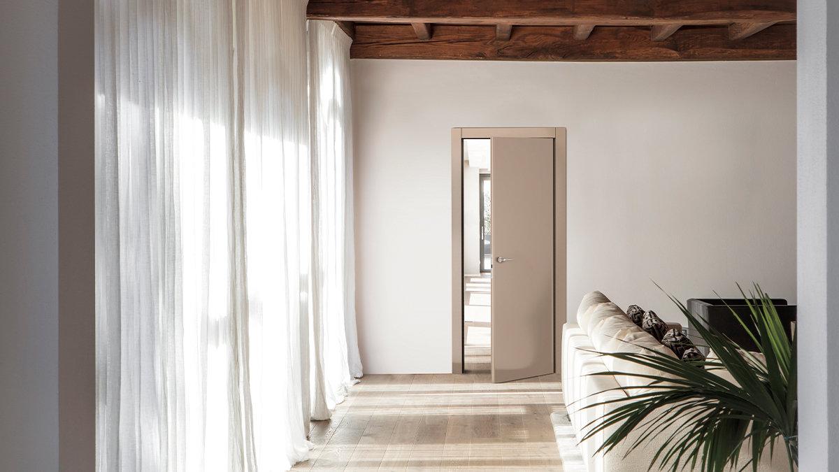 [LIFE]世界でも類稀なる5.8cm厚の圧倒的な重厚感が光る!「LA VIVA」のドア