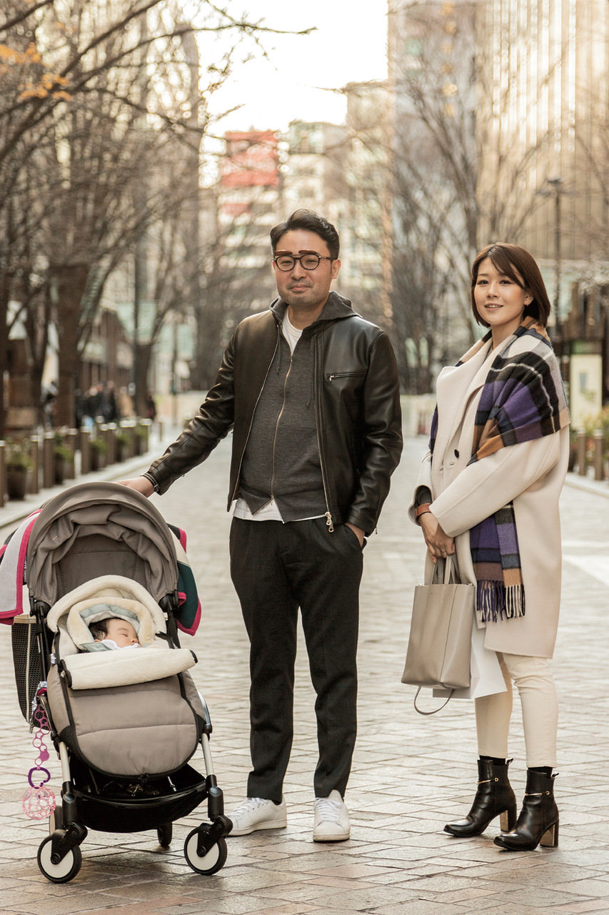 [SNAP]東京・丸の内の親子スナップ「強くて頼もしい印象パパのレザーの着こなし」