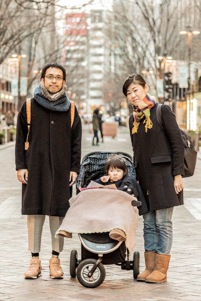 [SNAP]東京・丸の内の親子スナップ「コートをシンプルに着こなすのが実は、お洒落上級者!」