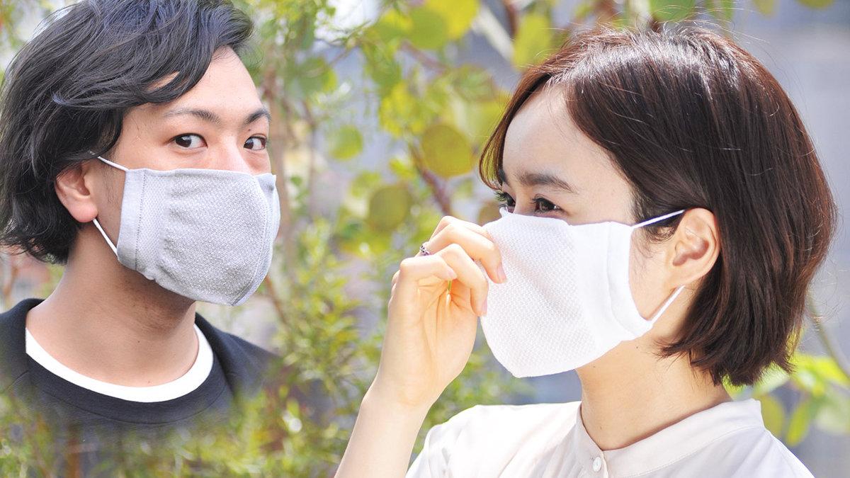 国内生産で安心安全!日本の靴下メーカーならではのイヤな臭い、ムレ防止な抗菌マスク