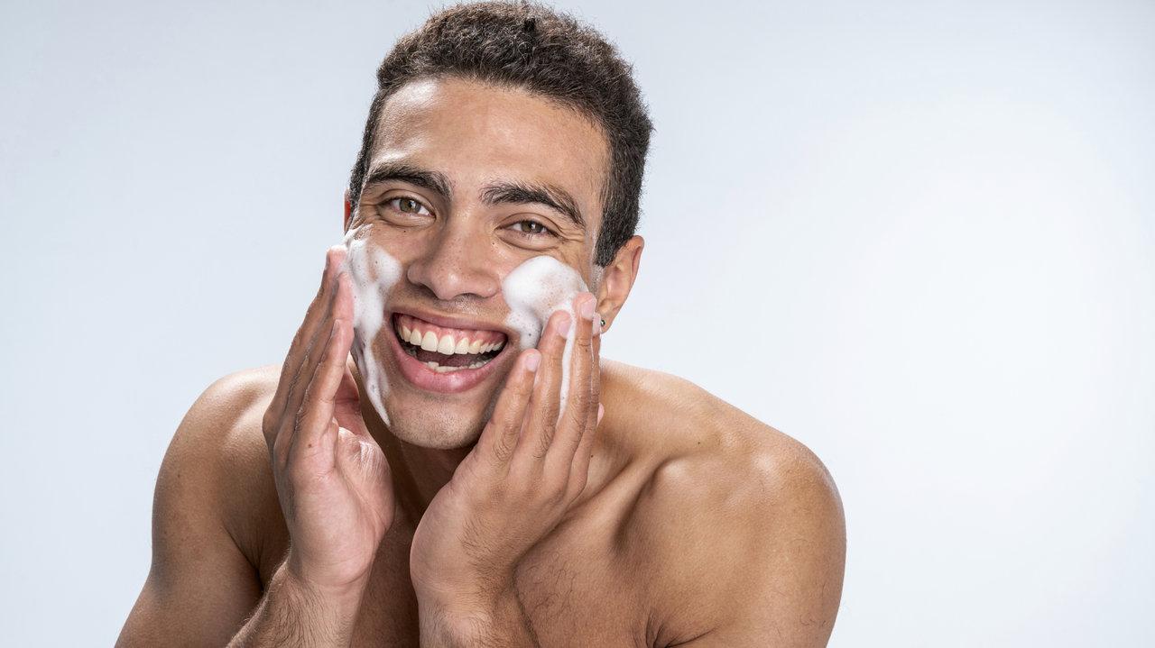 酵素の力で、美肌力アップ!メンズも実践「酵素洗顔」