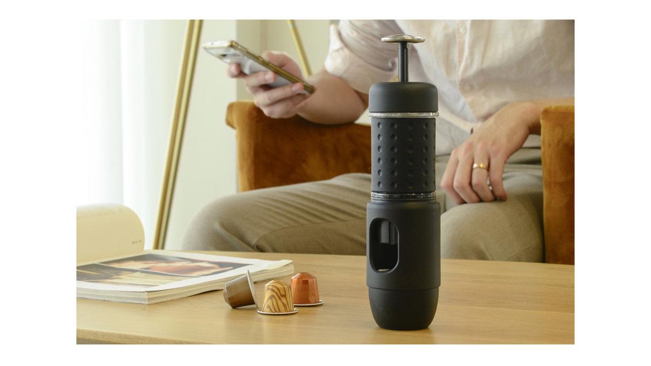 いつでもどこでもカフェを屋外に持ち出せる!携帯型なポータブルエスプレッソマシン