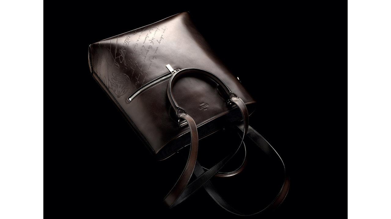 ずっと永く愛せる服選びTHIS IS LOVE「ベルルッティのトートバッグ」