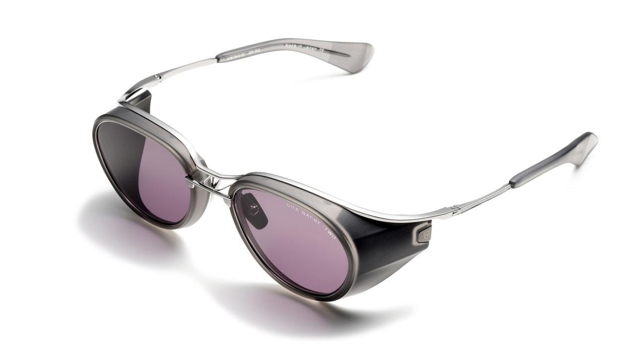 EYEWEAR「コロナ禍で必要な安全安心のフード付き眼鏡」 その③