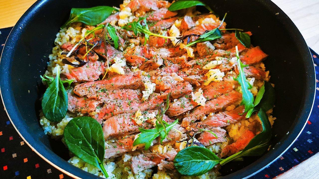 【リュウジさんのレシピ】を作ってみた♡飯テロ!ステーキ肉でガッツリな「至高のガーリックライス」