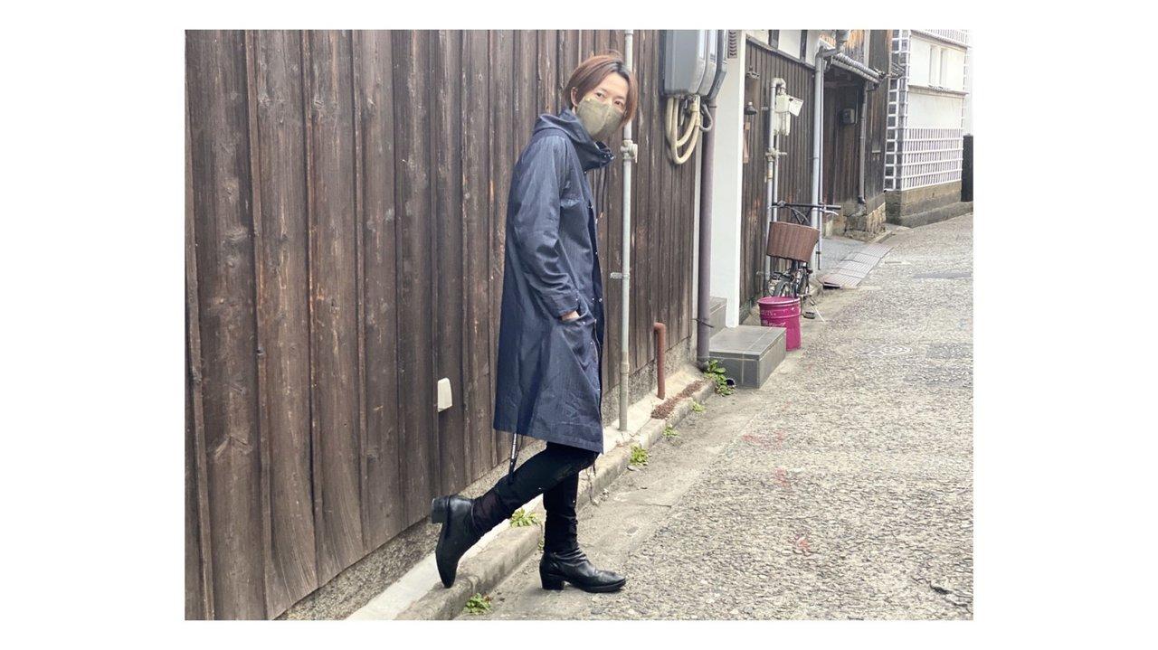 老舗デニムブランドがオールウェザーコートを発売!超撥水加工で雨の日もバッチリ