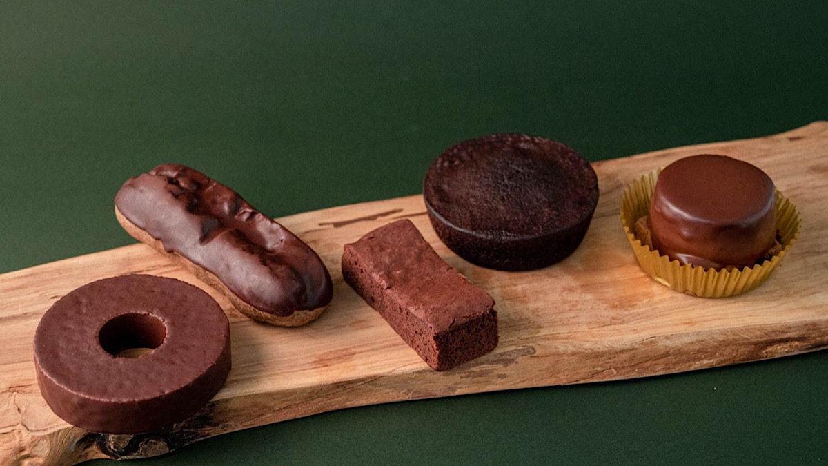 ファミリーマートが本気で作った濃厚チョコスイーツ♡ガトーショコラやザッハトルテも!