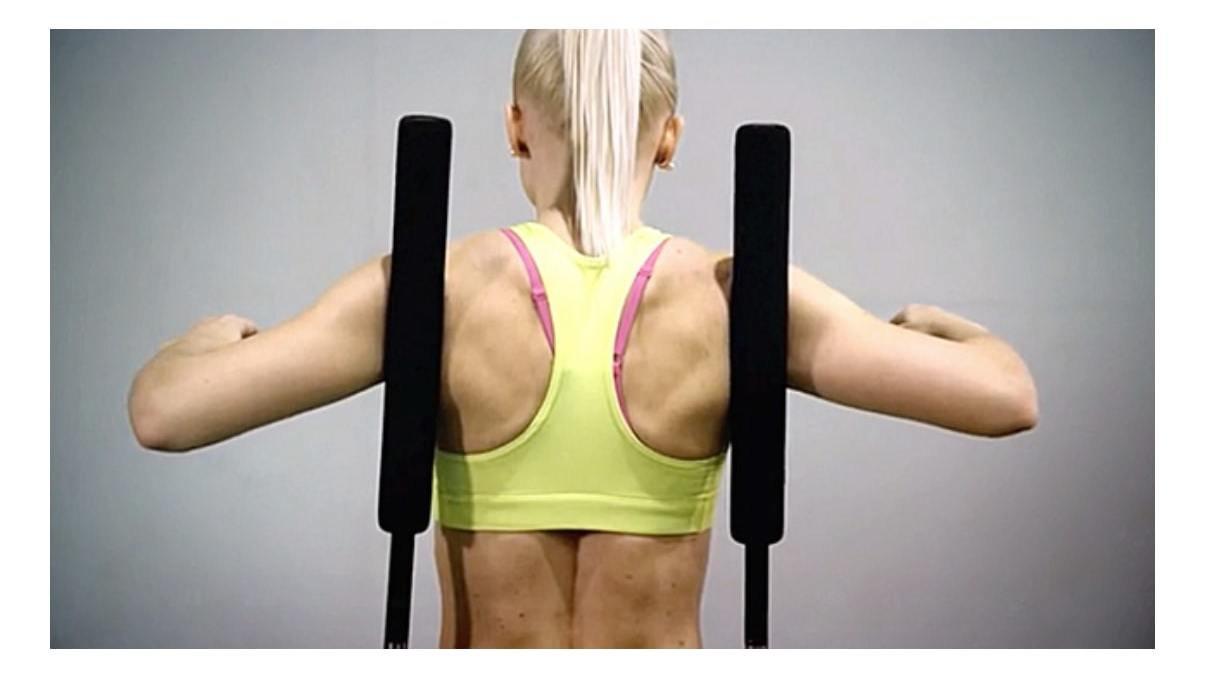 初日から高い達成率を望める!立ったまま体幹を鍛える「Spine Gym」