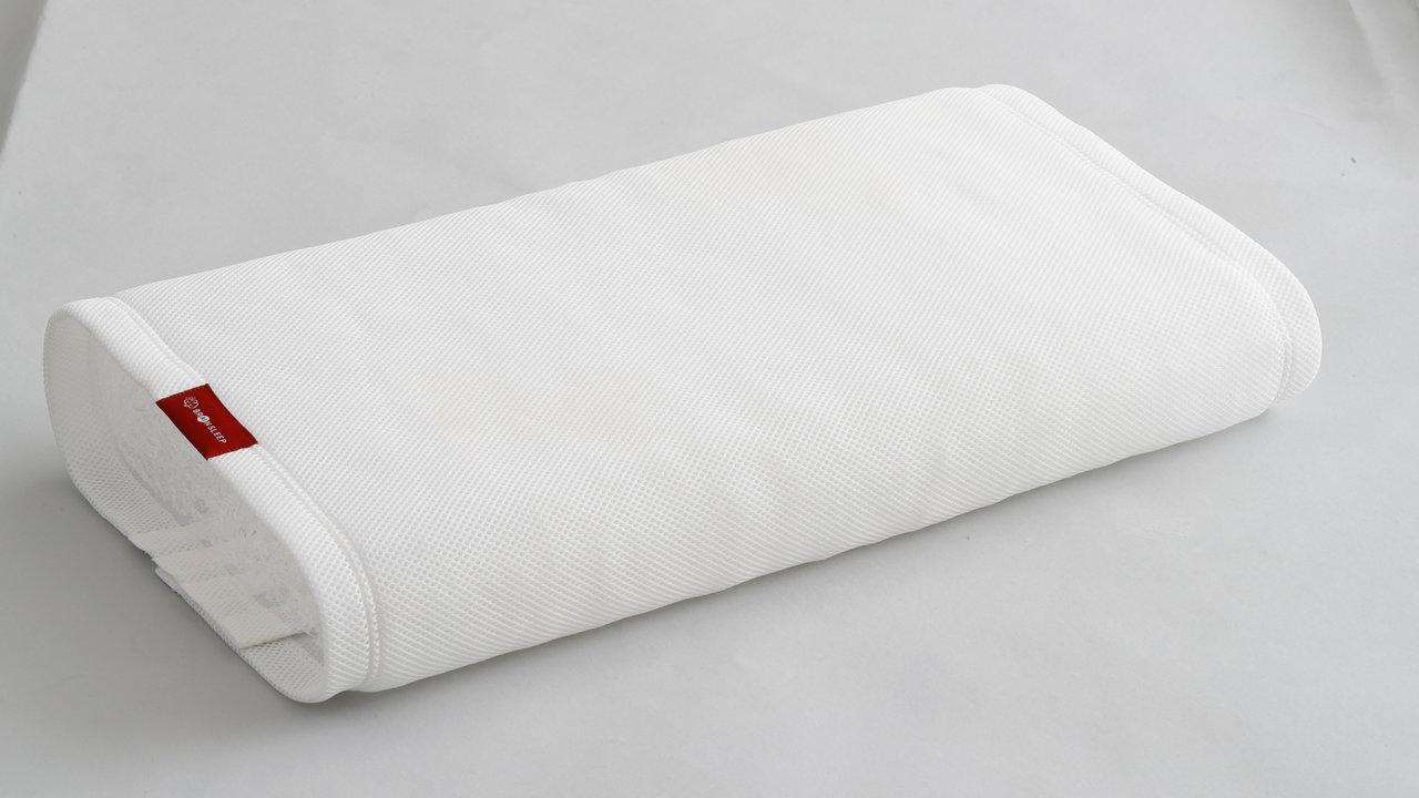 「脳が眠る枕」が再販売。頭から熱や汗を放出&オーダーメイド級にフィット