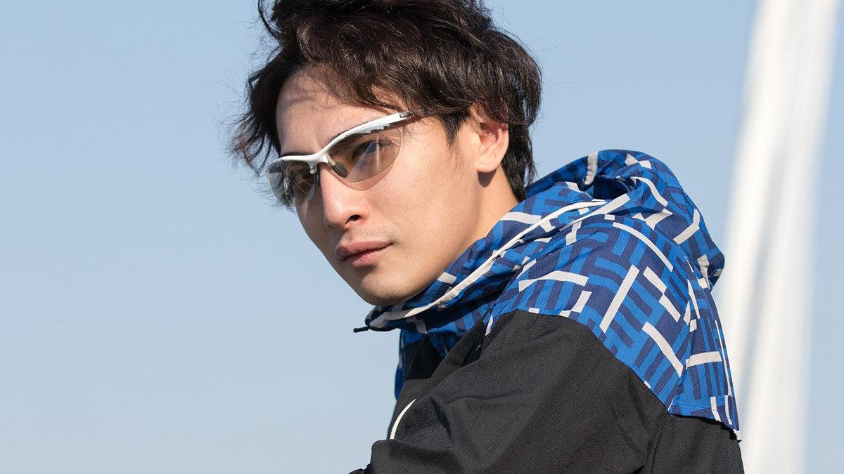 抜群のフィット感と軽さ!長時間でも快適に着用できるサングラス「Airless-Core 」