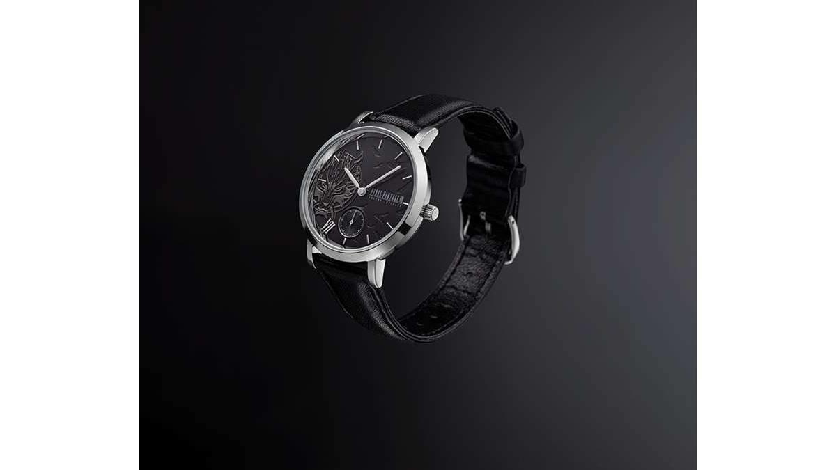 ECサイト限定販売!ファイナルファンタジーVII アドベントチルドレンの腕時計!