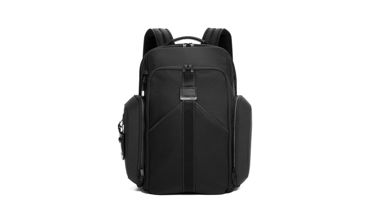 TUMIはビジネスバッグだけじゃない。eスポーツ向けコレクションが超便利!