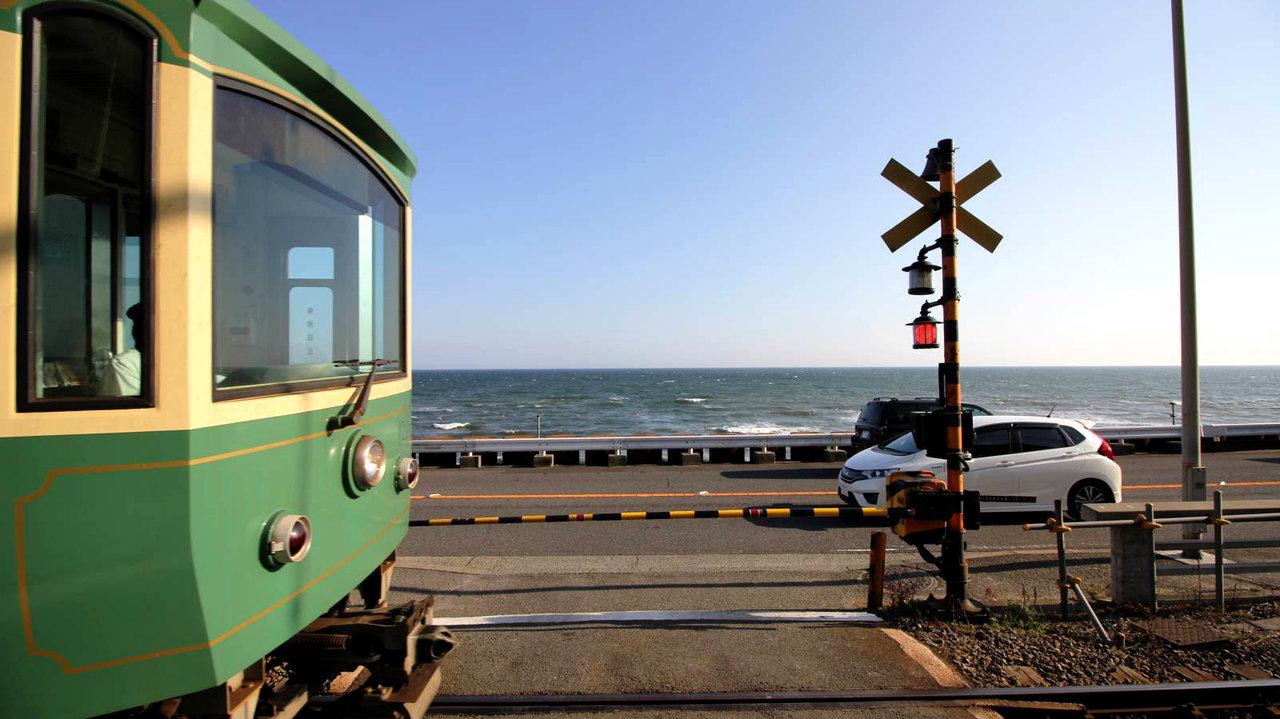 【ひと駅散歩】江ノ電「江ノ島」駅〜「鎌倉高校前」駅、人気のあの場所も!