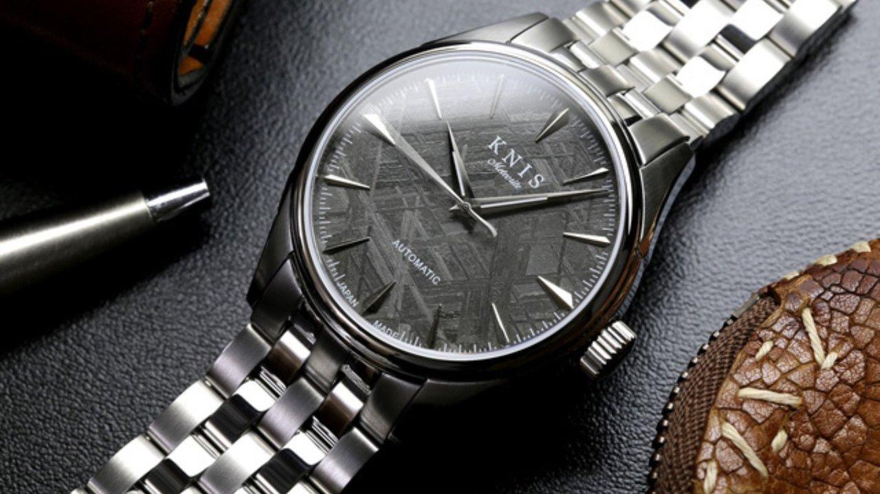 世界に一つだけ!100万年前の隕石「メテオライト」を使った日本製時計
