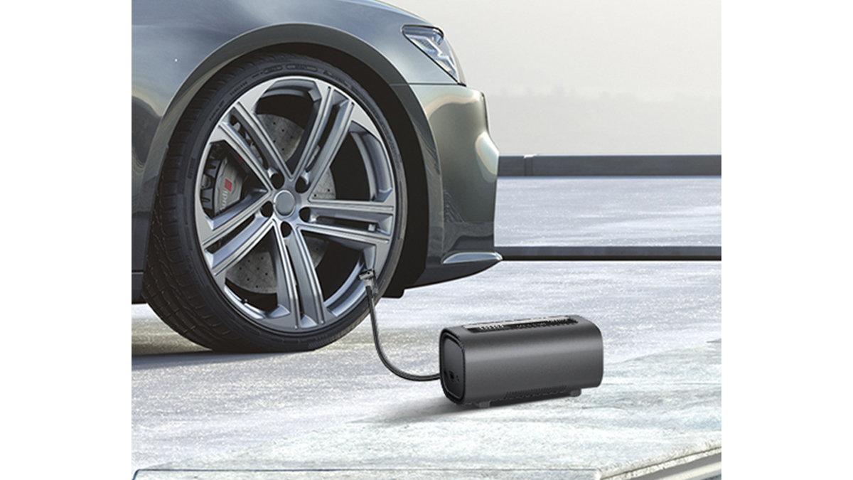 充電1回で50本充填できる!?車に常備したい超パワフルなポータブル空気入れ