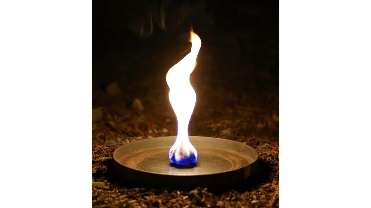 着火剤にもエシカルを。竹のおが粉をアップサイクルした焚き火用着火剤