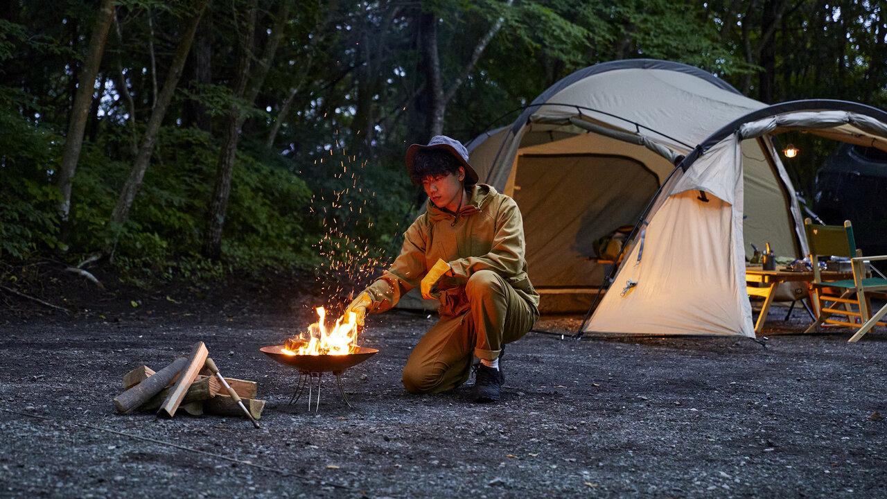 火の粉を気にせず焚火に没頭!難燃素材を使ったマーモットのキャンプ用5アイテム