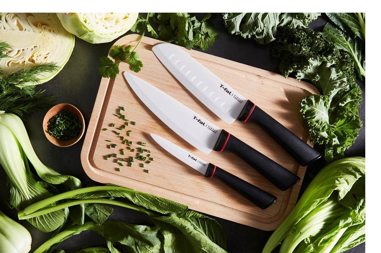 セラミックだからできた切れ味と使いやすさ。お手入れもラクチンなティファールのキッチンナイフ