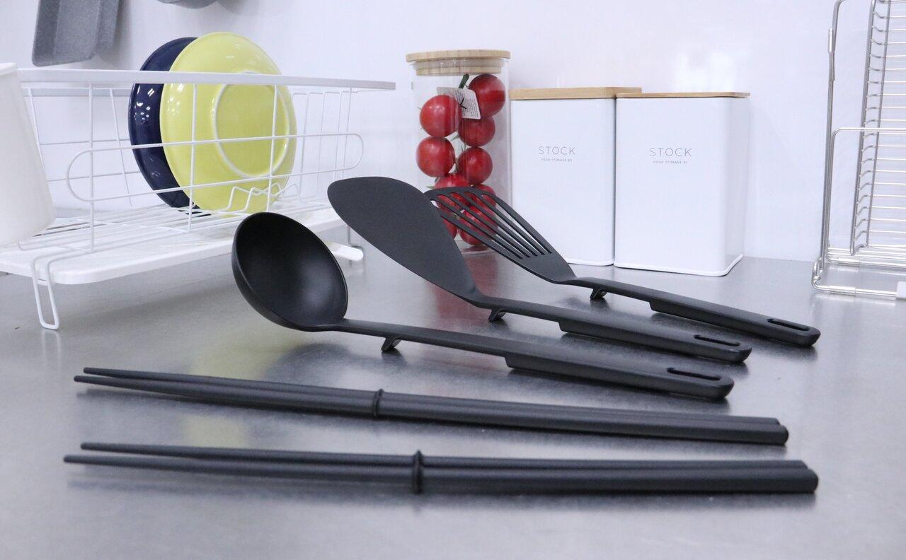 先がつかないから衛生的!キッチンに追加したい人気の調理用品