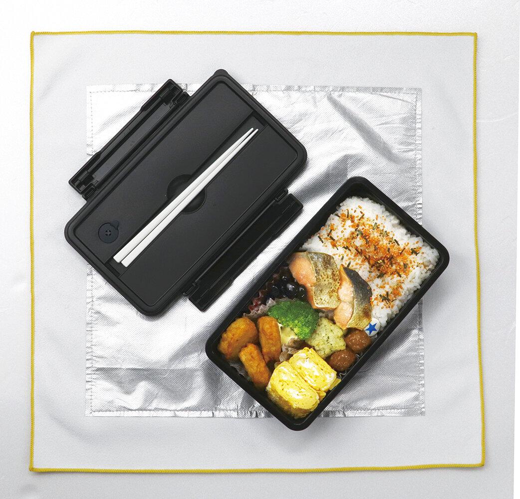 これは意外と便利かも!お弁当にも最適なピッタリくっつく保冷保温クロス