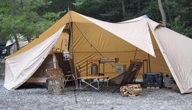 キャンプの季節だ!大型シェルター「ギギ-2」は言うことなし!お洒落で立てやすく使いやすい