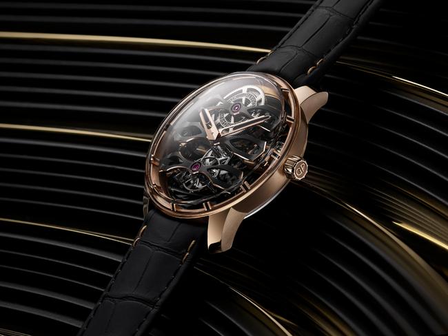 機能部品のブリッジが前面に。記念すべき創業230周年に象徴的な腕時計
