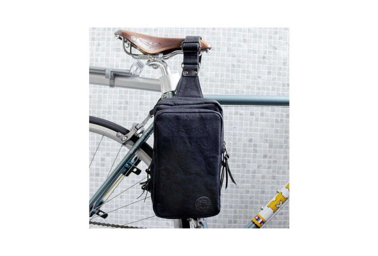 雨の日でも、雪の日でも安心!撥水性、耐久性に優れた撥水タイガー帆布バッグ