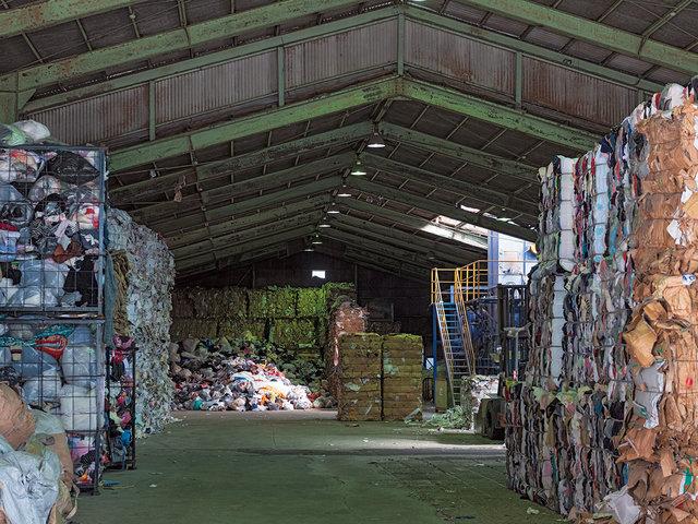 古紙や水草から、新しいリサイクルを生み出す『サンウエスパ』。