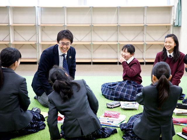 「学び」を止めない学校デザイナー・山藤旅聞先生。