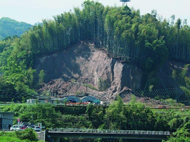 自然災害が多い国だからこそ。災害から見る「正しい車中泊」のススメ。