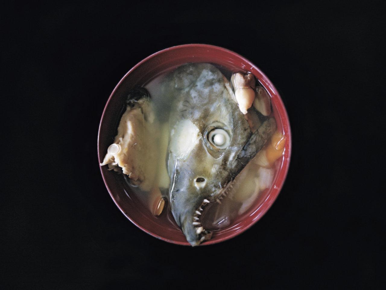 大仕事を終えた鮭の顔。はっちゃれのオハウ