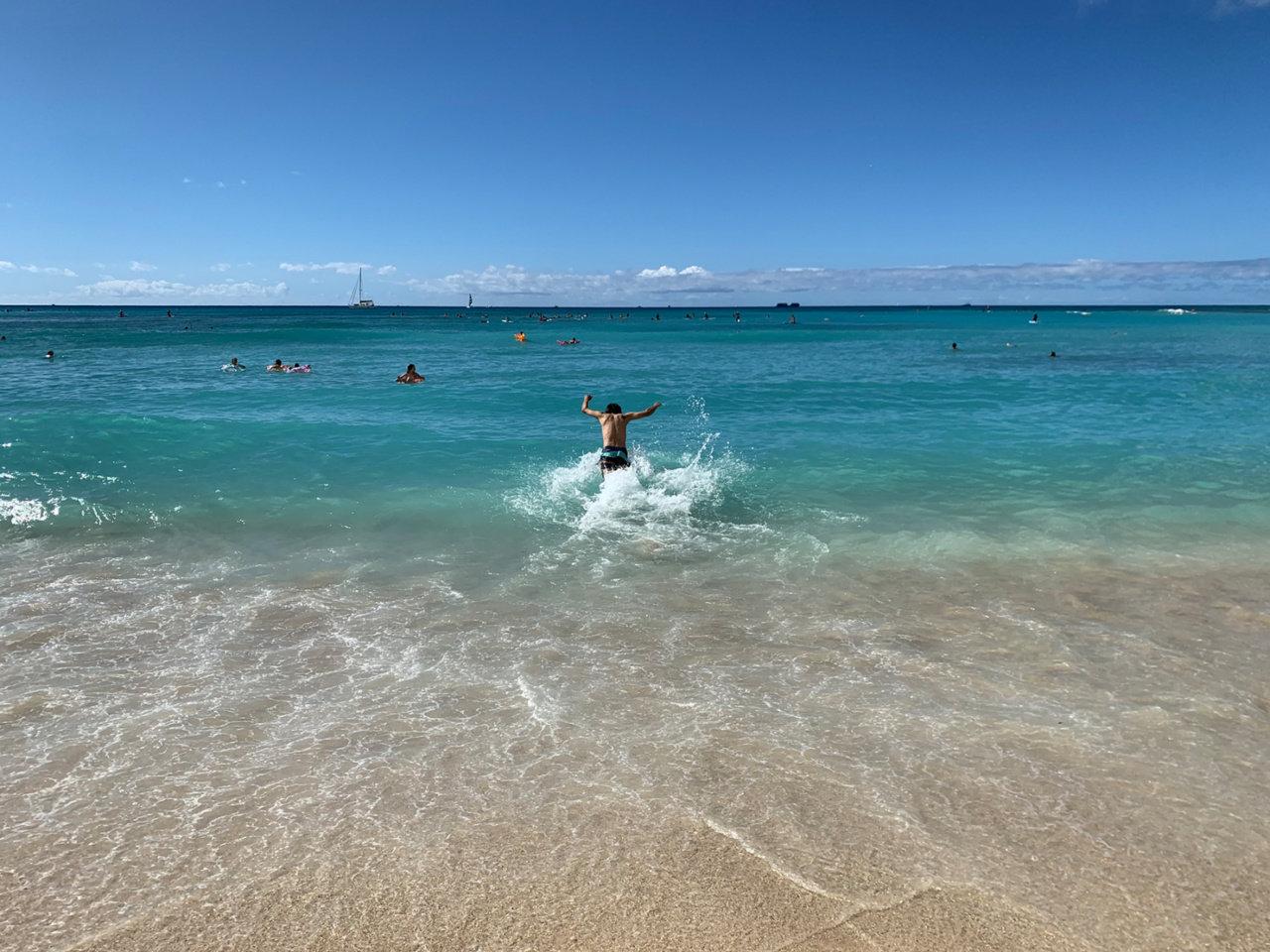 ハワイの海は風呂説